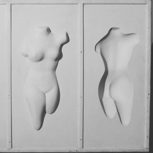Détail, oeuvre 3d de Adzak (panneau de bois, peinture vinylique et résine thermoformée)