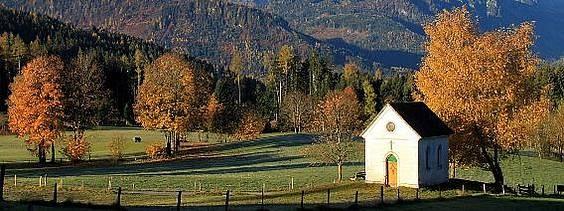 Herbststimmung in Werfenweng - die Natur bereitet sich schön langsam auf den Winter vor. Jetzt wäre noch mal die richtige Zeit um sich ein paar erholsame Urlaubstage zu gönnen.