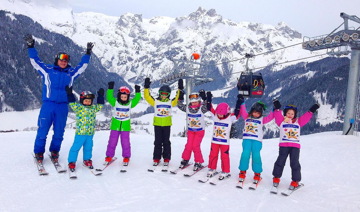 Bild: Unsere 2 Schischulen freuen sich wenn sie Ihren Kindern das Schifahren lernen dürfen