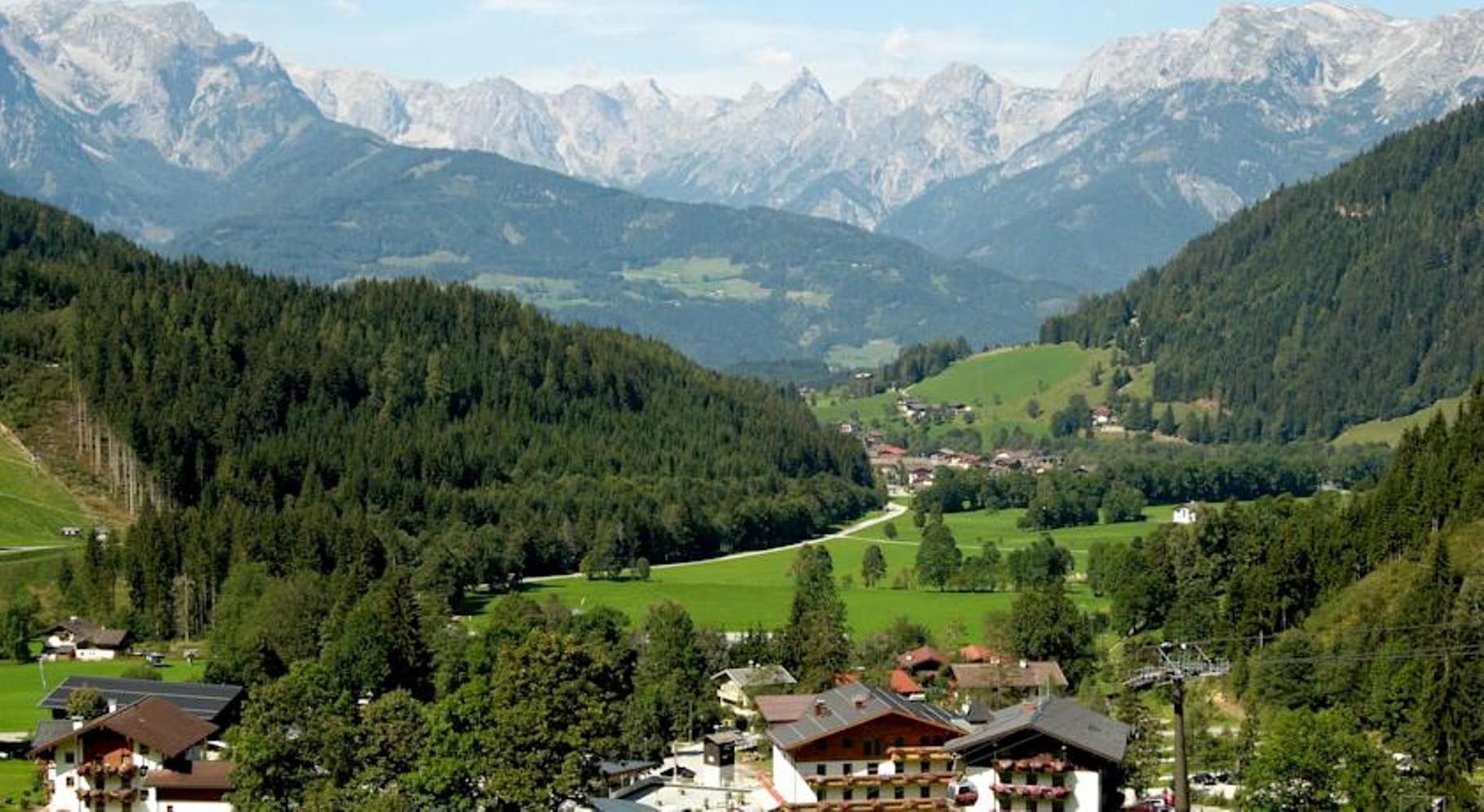 Bild: Ein langgezogenes Tal ohne Durchzugsverkehr