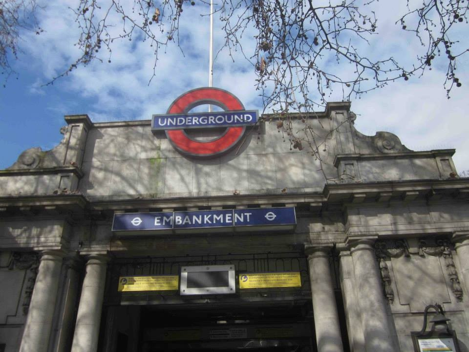 "meeting point for ""Brunel's London"" walk"