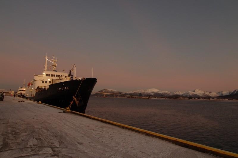 M/S Lofoten im Hafen von Sortland
