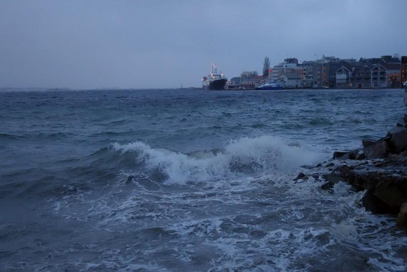 ... geschützt in Molde im Hafen