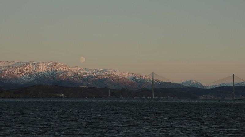 Mondaufgang in Sandesjøen