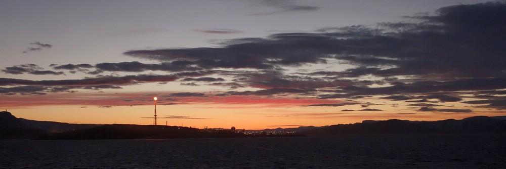 Abendstimmung vor Melkøya (Gasverarbeitungsanlage bei Hammerfest)