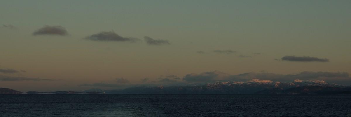 wunderschöne Morgenstimmung im Trondheimfjord