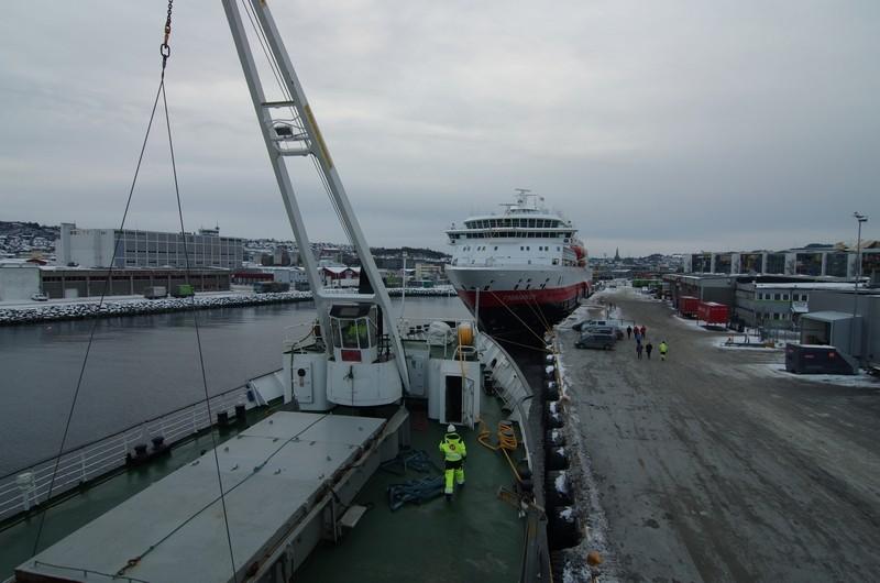 wir treffen die Finnmarken im Hafen von Trondheim