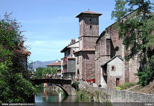 Gites pays basque moulin de fargas gites pays basque - Distance biarritz saint jean pied de port ...