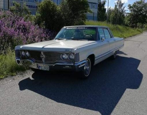 Lars-Åke Berg - Chrysler Imperial LeBaron -68