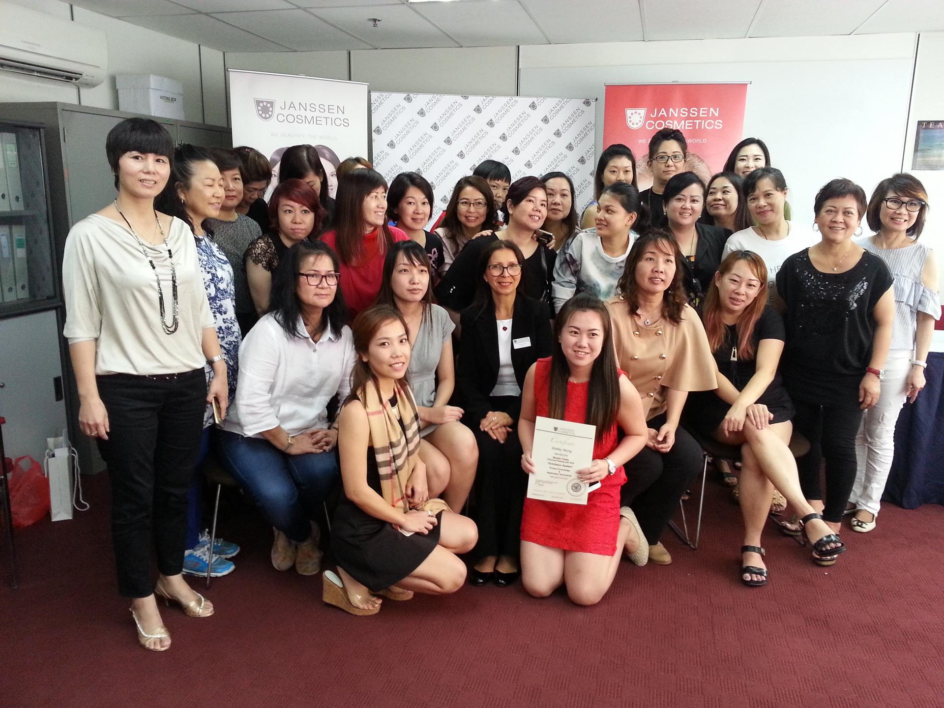 Renate beim Seminar in Kuala Lumpur 2016