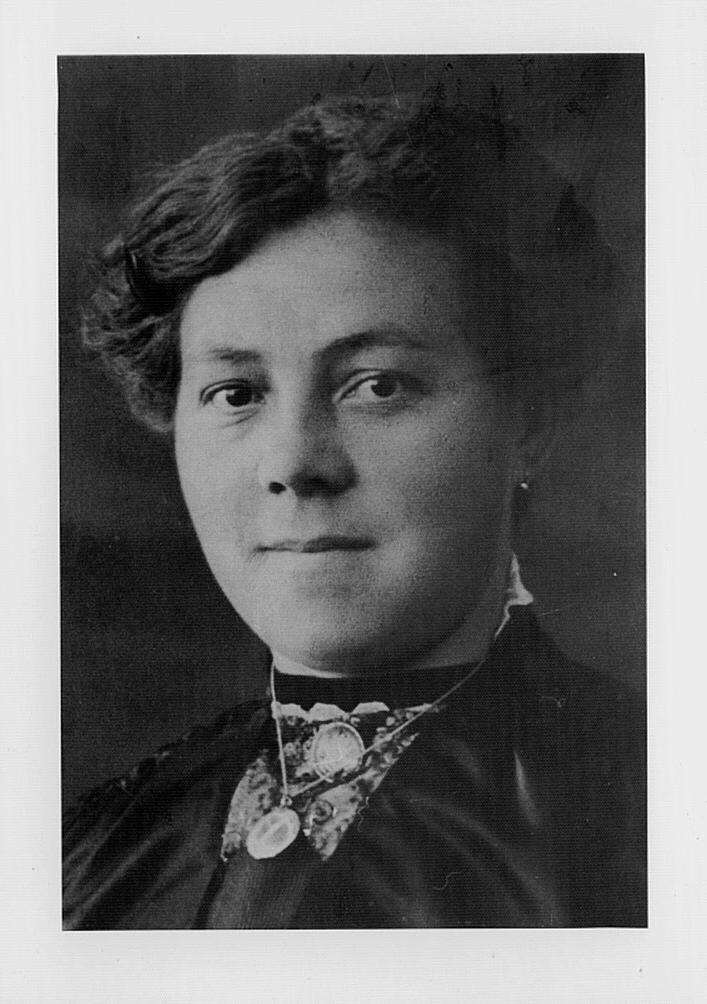 1879-1943 Maria Theresia Wertz, Gustav's Frau
