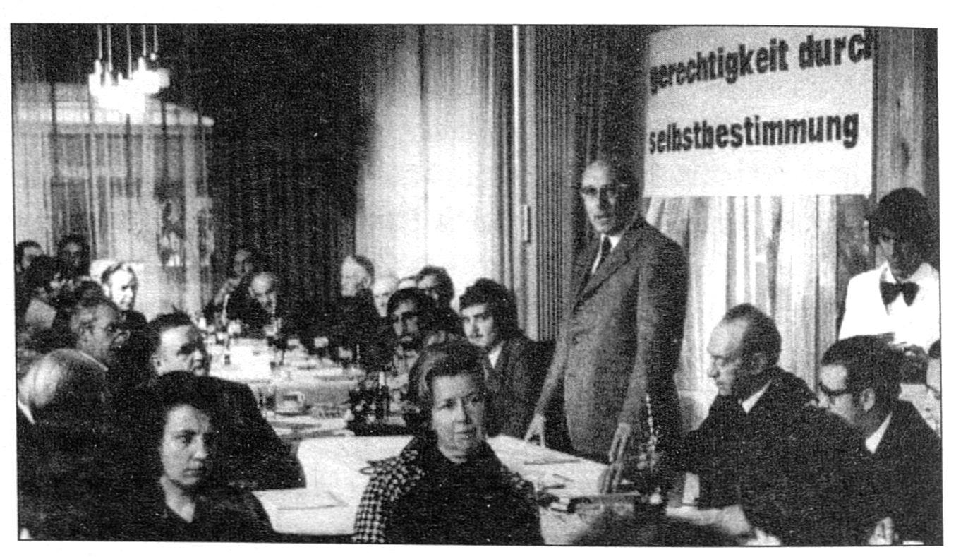 Gründung der PDB Dezember 1971 (Foto Archiv Grenz-Echo)