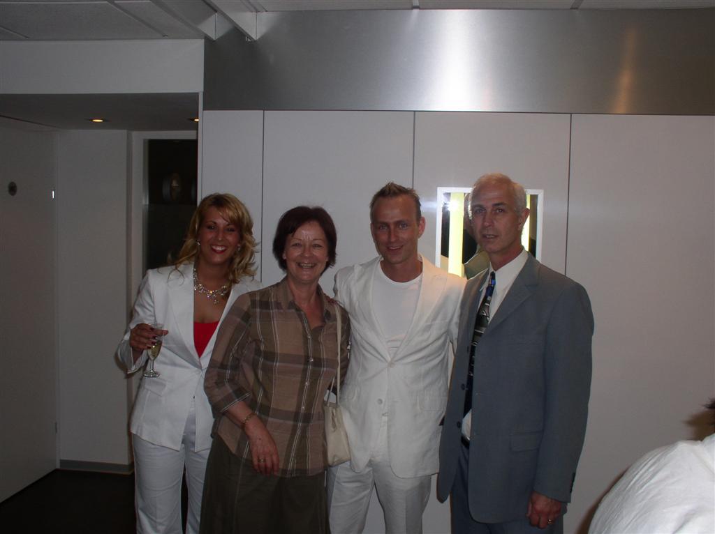 Cindy & Bas wedding party