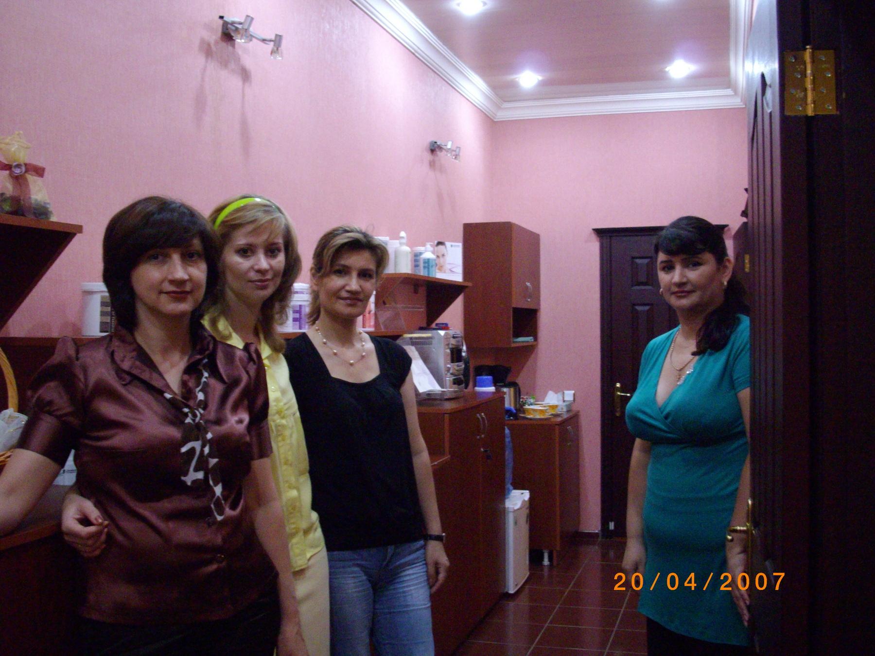Das Team von Oksana in Ashgabat 2010