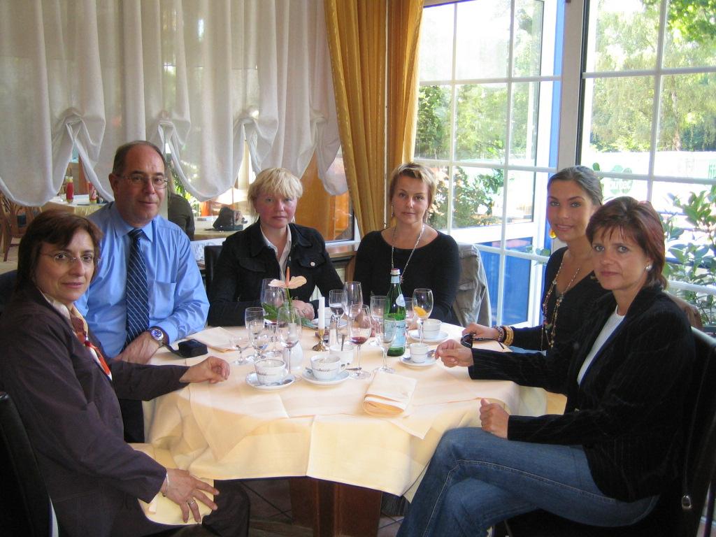 Meeting Lena and tatyana in Wiesbaden