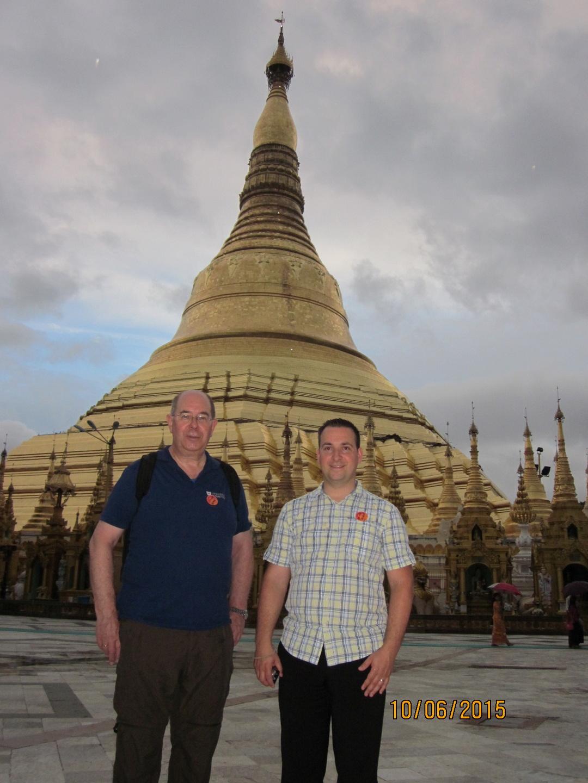 Walther und Reinhard in Yangon (Rangoon) 2016
