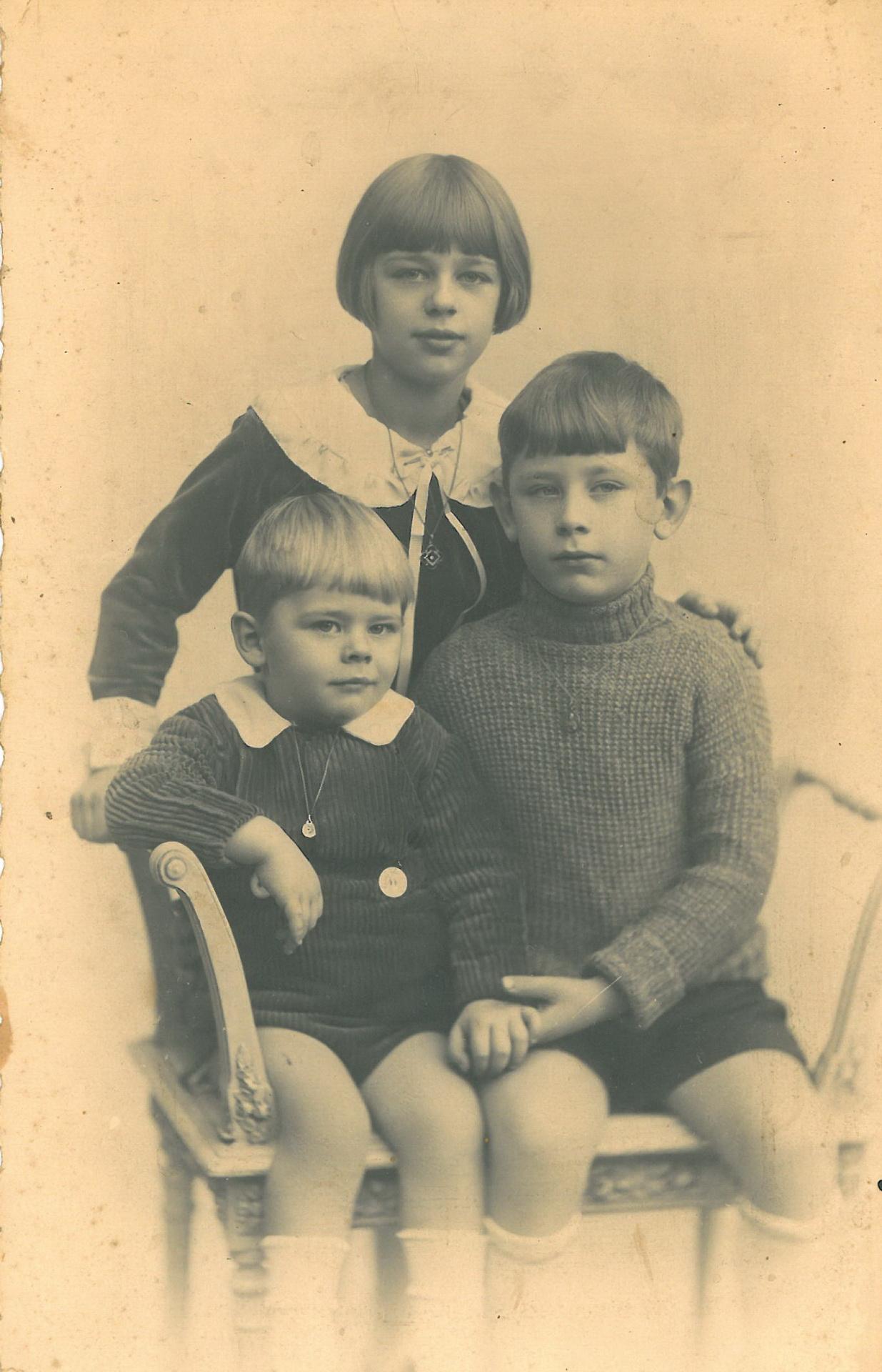 Die Kinder Knauff mit Monette