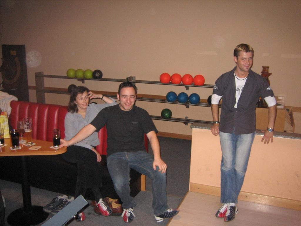 Bowling team building 2006