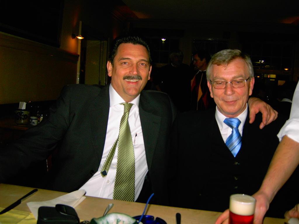 Jürgen Korte und Vertreter Bauer