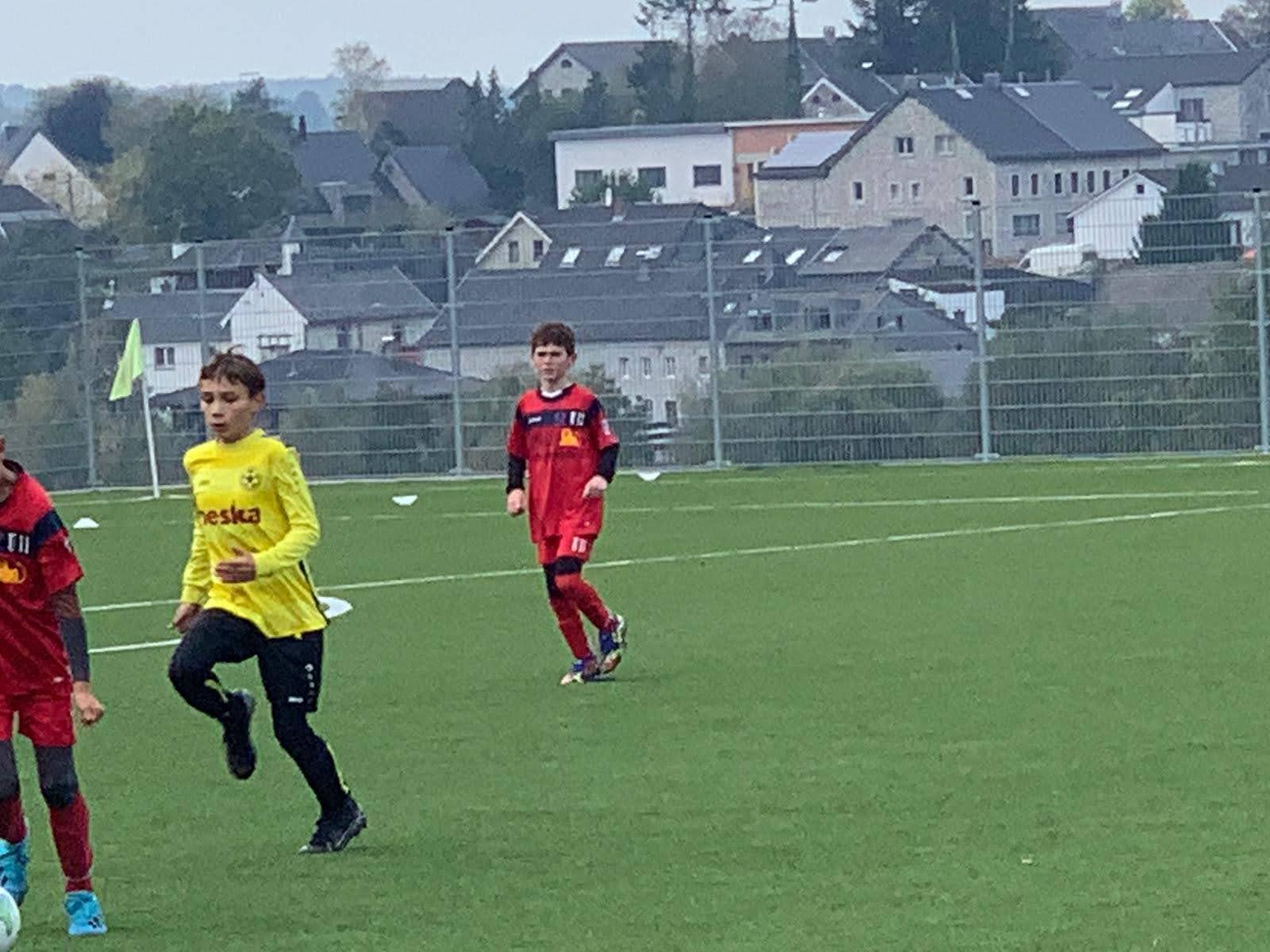 Emilian beim Fußball