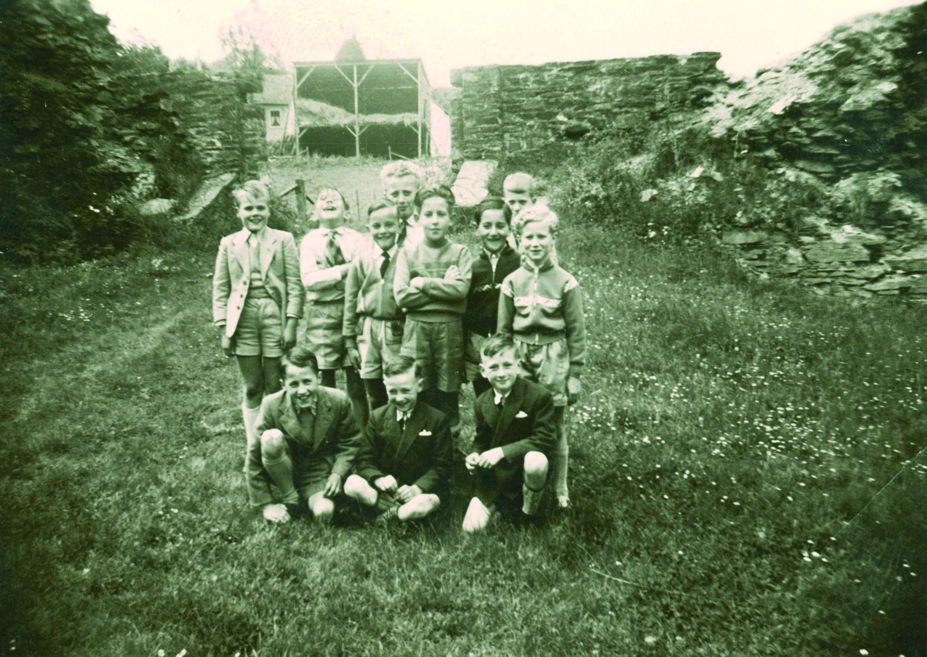 Auf Burg Reuland 1956