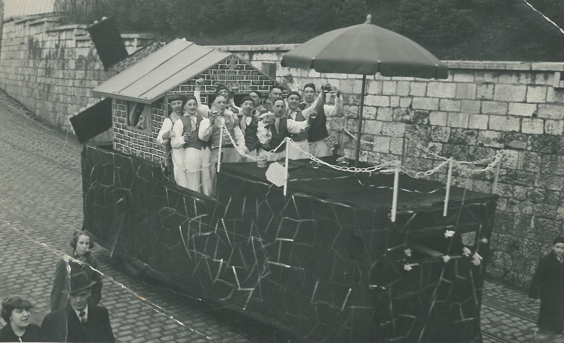 Karnevalszug in der Unterstadt 1936