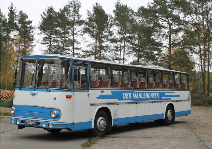 """Fleischer S 5 RU des Oldtimer Bus Vereins Berlin e.V. - """"Der Mahlsdorfer"""" im Einsatzzustand der 1970-iger Jahre. Foto: OBVB"""