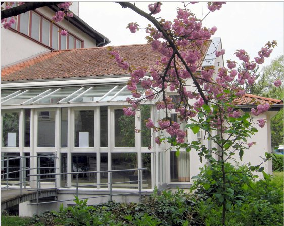 Die EmK ist mit ihren Gottesdiensten zu Gast in der Evangelischen Friedenskirchengemeinde Bonn