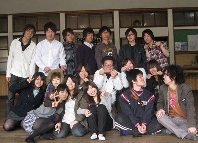 お世話になった広間で最後の記念撮影!京都に帰ってまた頑張るぞ!