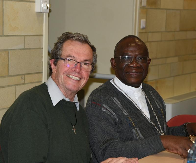 P. Loïc et Mgr Bernard-Emmanuel