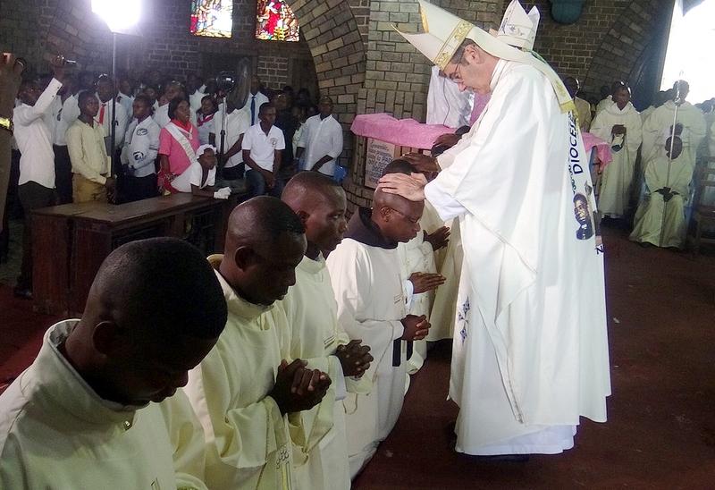 Ordination de nouveaux prêtres le 1er août.