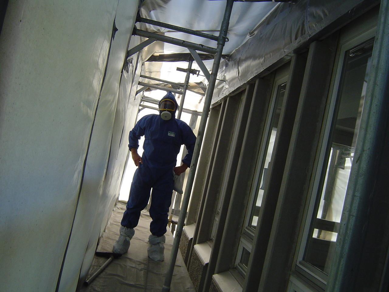 LINDENTHAL Umweltdienstleistungen: Bauüberwachung und Kontrolle in einem Sanierungsabschnitt (Schwarzbereich)