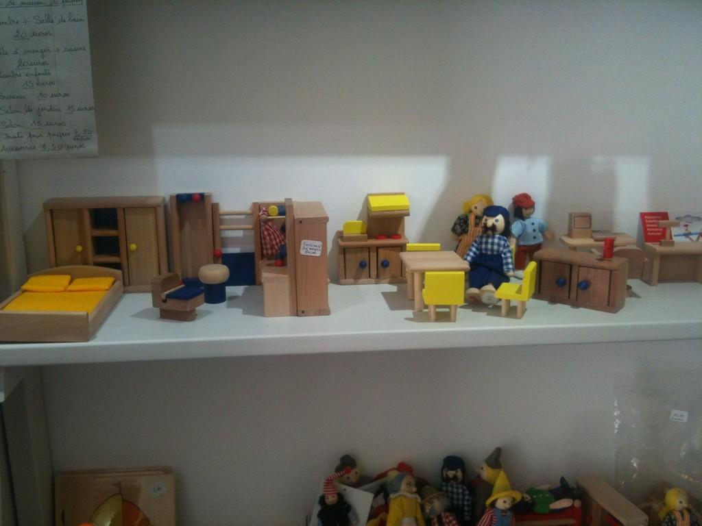 Petit grain le coin maison de poupées