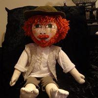 Robinson Crusoë, mascotte au centre de loisirs sur une période de vacances ...