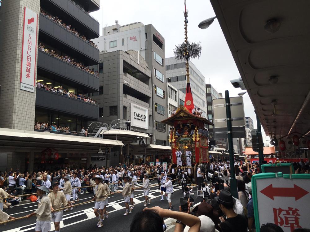 Festwagen auf dem Kyoto Gion Matsuri Festival