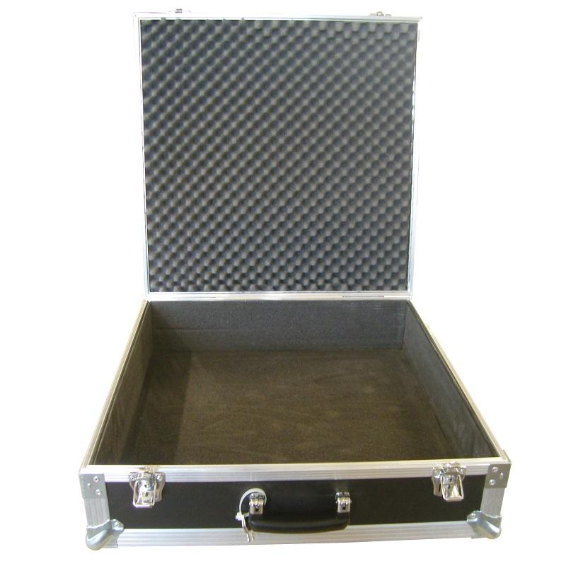 ausgekleideter Koffer - Korpus 5mm Hartschaum / Deckel 30mm Noppenschaum