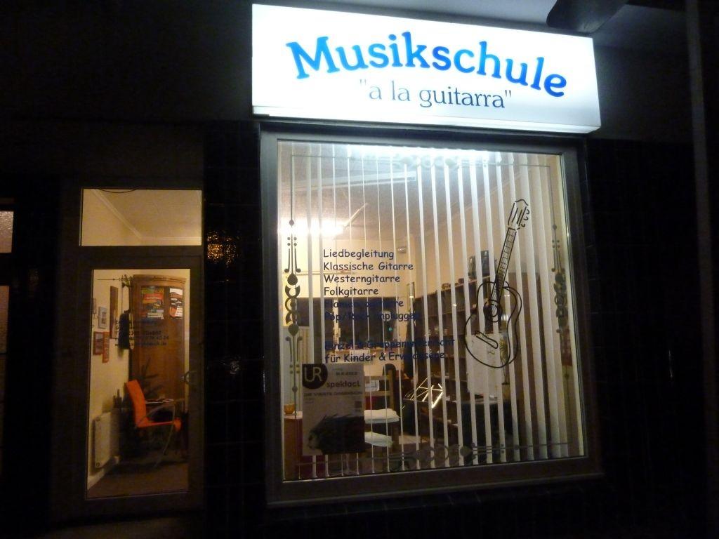 """Musikschule """"a la guitarra"""""""