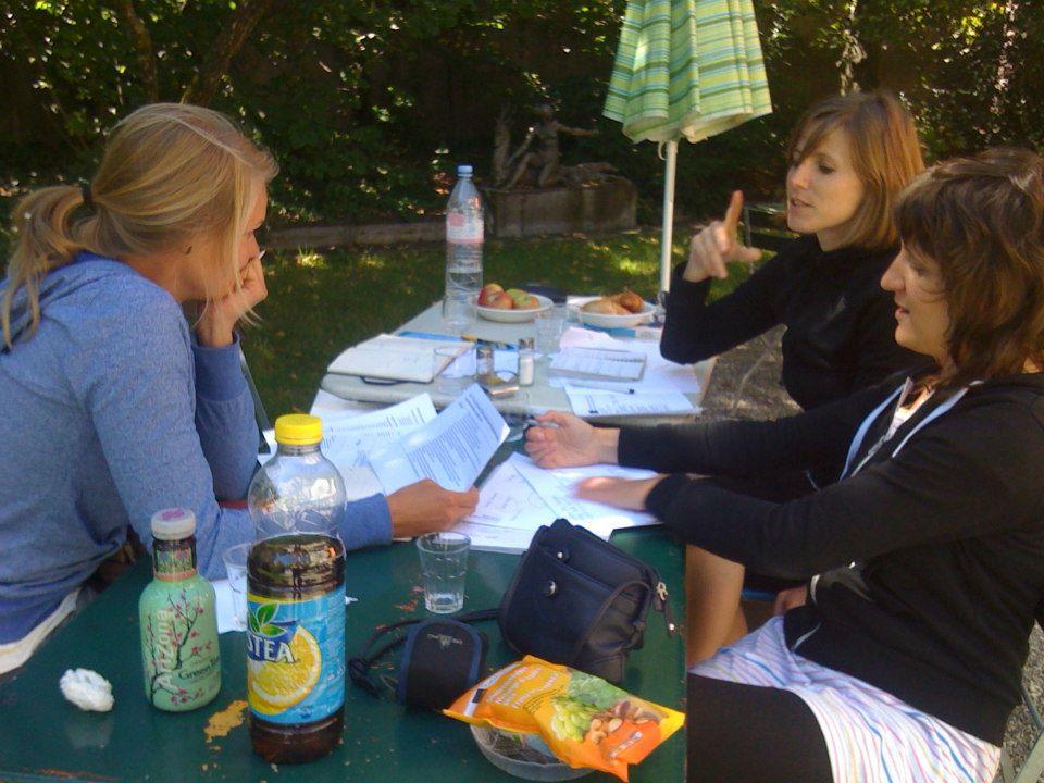 2012: Sitzung Projektgruppe: Vorbereitungen für die Entwicklung eines partizipativen Leitbilds des Netzwerks Soziokultur Bern