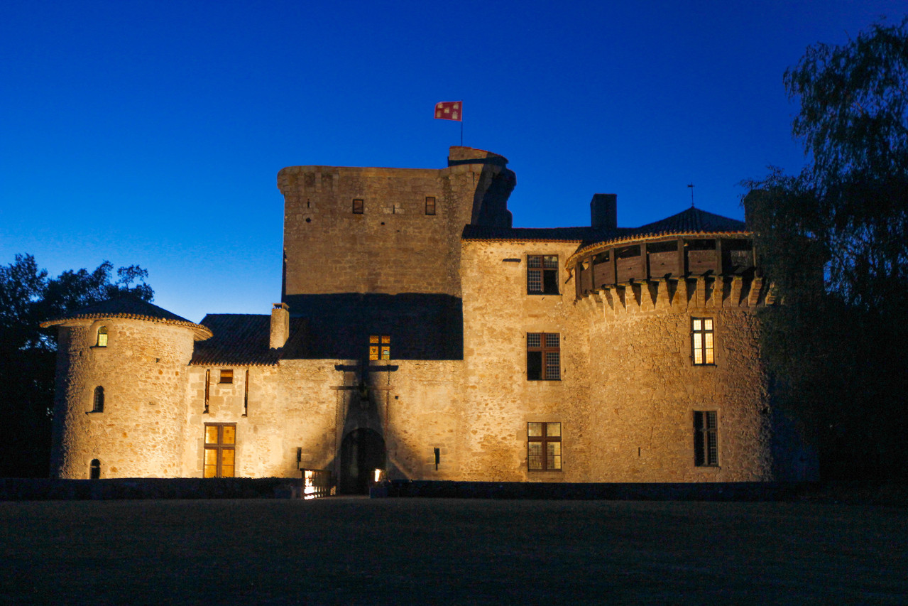 night fall tennessus medieval chateau