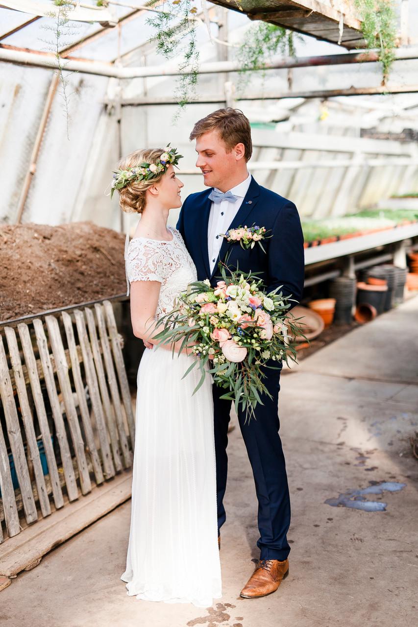 Blumenhaus Gerber, Hochzeitsfoto, Hochzeitsfotografie, Hochzeitspapeterie, Mirjam Wilde, Lisa Wagner, pastell, mint, apricot, rosé, Hochzeitsset, individuell, boho, rustikal, vintage