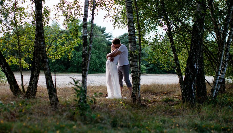 Sabine-Lange,-Fotografie,-Steller-Heide,-Sanddünen,-Babybauch,-Schwangerschaft,-Portrait,-Sonnenuntergang,-Couple,-9.Monat,-Babyglück-12