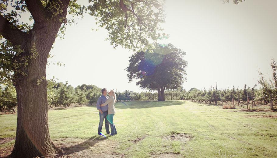 Probeshooting, Kennenlernshooting, Engagement, Hochzeit, Hochzeit Erbhof, Hochzeit Thedinghausen, Baumschule Schröder, Sabine Lange, BienePhotoart 2