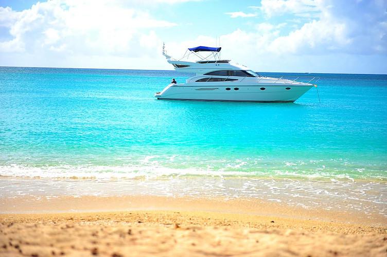 Flitzterwochen auf der Yacht