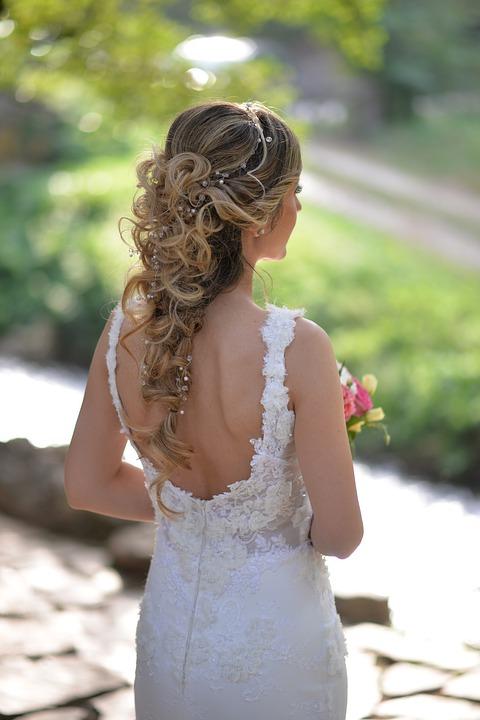 Brautkleid nach Wunsch!
