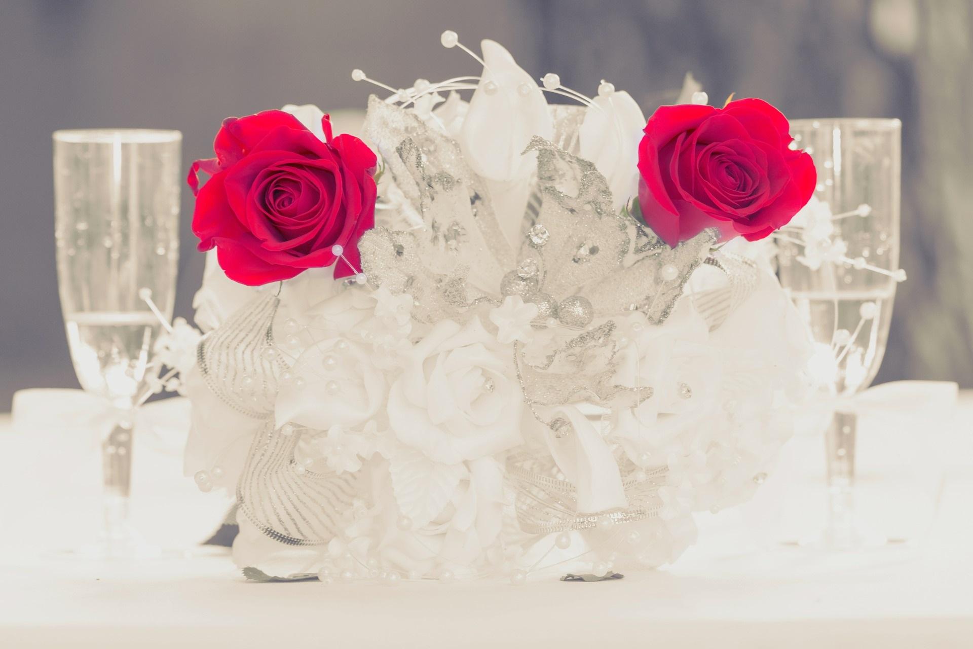 Gläserne Eleganz - Hochzeitstrends 2019