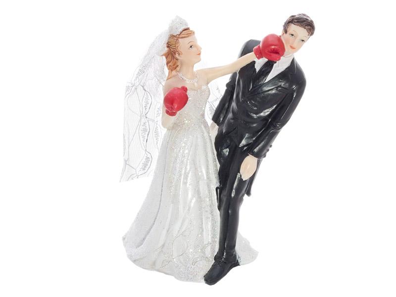 Boxendes Brautpaar