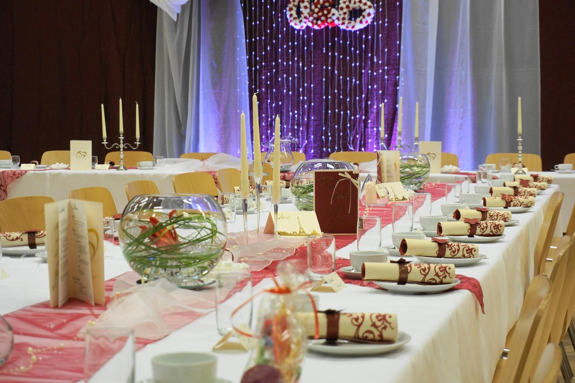 Hochzeitstafeldeko make my day das hochzeitsmagazin for Hochzeitstafel deko