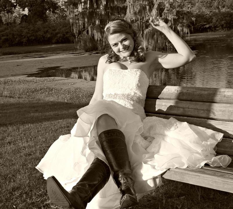 Boots zum Brautkleid