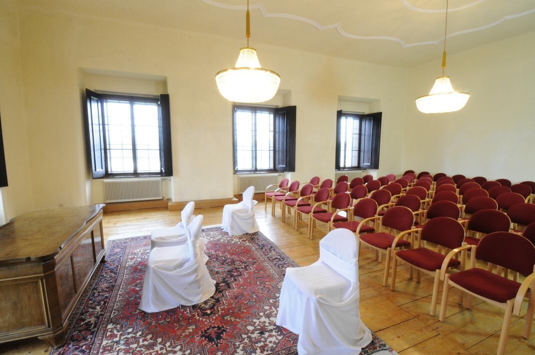 Gulda-Salon, Standesamt Schloss Kremsegg