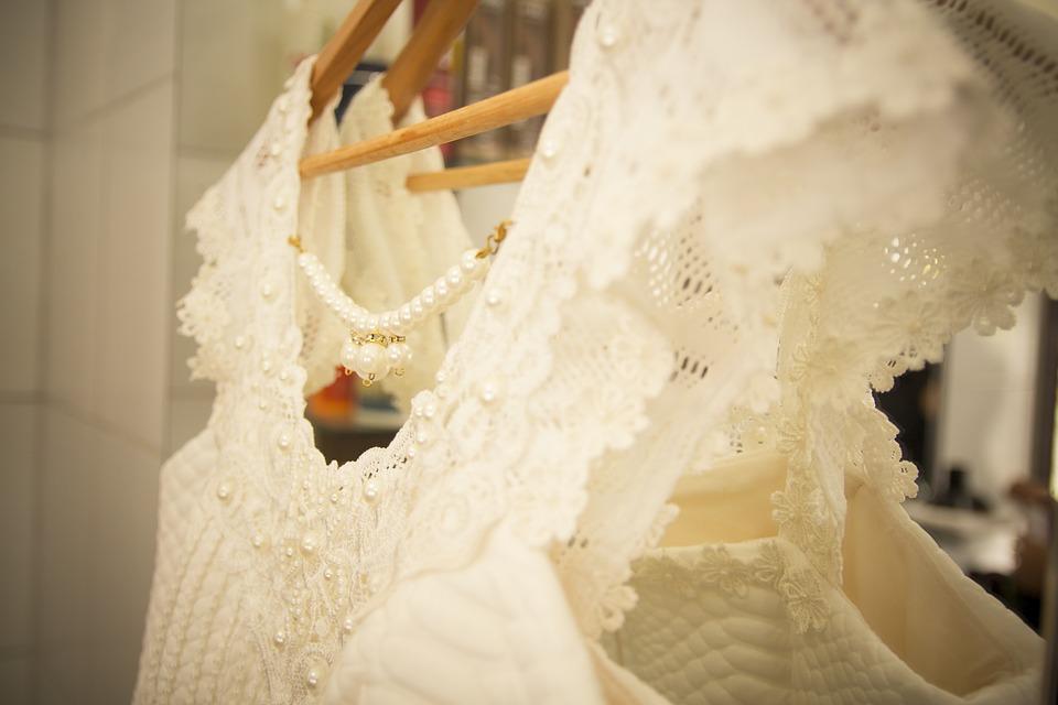 Die Qual der Wahl beim Brautkleidkauf